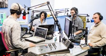 Nastroje polska audycja radiowa w Peterborough