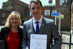 Student pierwszego roku geologii Krzysztof Sokół otrzymał złotą nagrodę Księcia Edynburga. Jest on pierwszym Polakiem w historii, który został w ten sposób wyróżniony. Mieszkaniec Peterborough