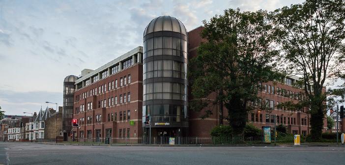 budynek job centre dla bezrobotnych w peterborough