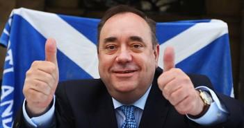 Alex Salmond staje w obronie Polakow w UK