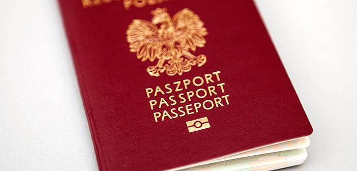 Polski Paszport dla Dziecka podczas spotkania z Konsulem w Peterborough