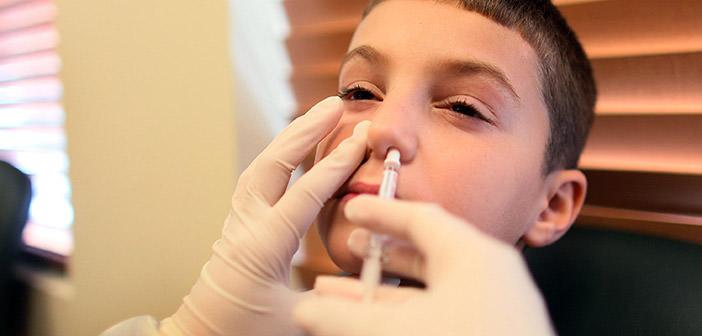 Czas zaszczepić dzieci na grypę – NHS oferuje darmowe szczepienia