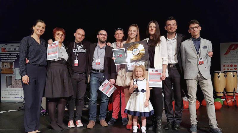 laureaci i organizatorzy festiwalu Aplauz 2017 Peterborough