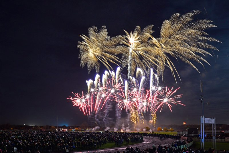 sztuczne ognie peterborough 2018